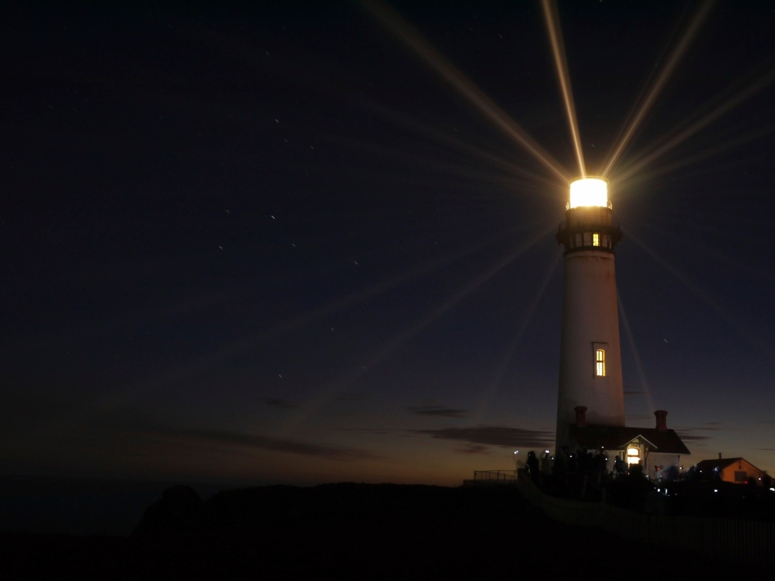 Pigeon_Point_Lighthouse_Fresnel