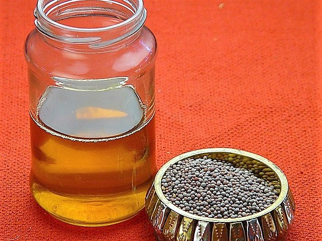 Mustard oil and seeds (2)